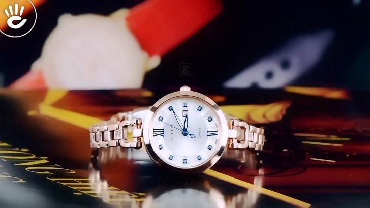 Đồng hồ Casio SHE-4055PG-7AUDF giá rẻ, thay pin miễn phí - Ảnh: 1