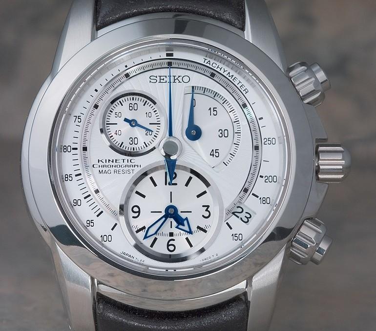 Đồng hồ Seiko Kinetic là gì? Cách sử dụng, sản phẩm nổi bật - Ảnh: 6