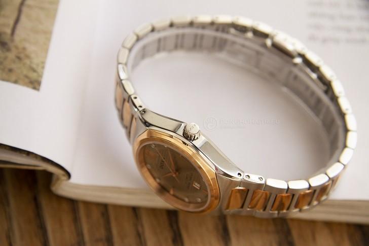 Đồng hồ Doxa D190RCM đính kim cương, máy cơ đẳng cấp - Ảnh: 3