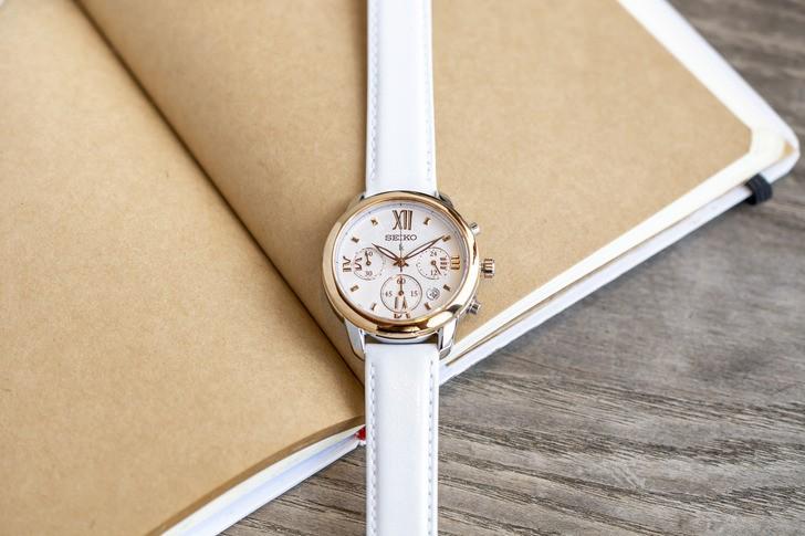 Đồng hồ Seiko SRWZ84P1 tông trắng trẻ trung, có Chronograph - Ảnh 3