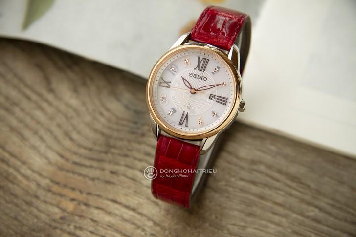 Đồng hồ Seiko SUT370J1 đính đá nổi bật, phối màu trẻ trung - Ảnh 1