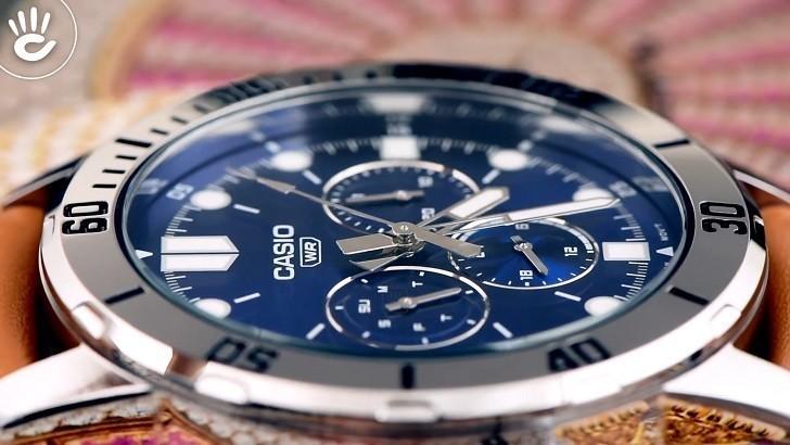 Đồng hồ Casio MTP-VD300L-2EUDF giá rẻ, ấn tượng mặt số xanh - Ảnh: 2