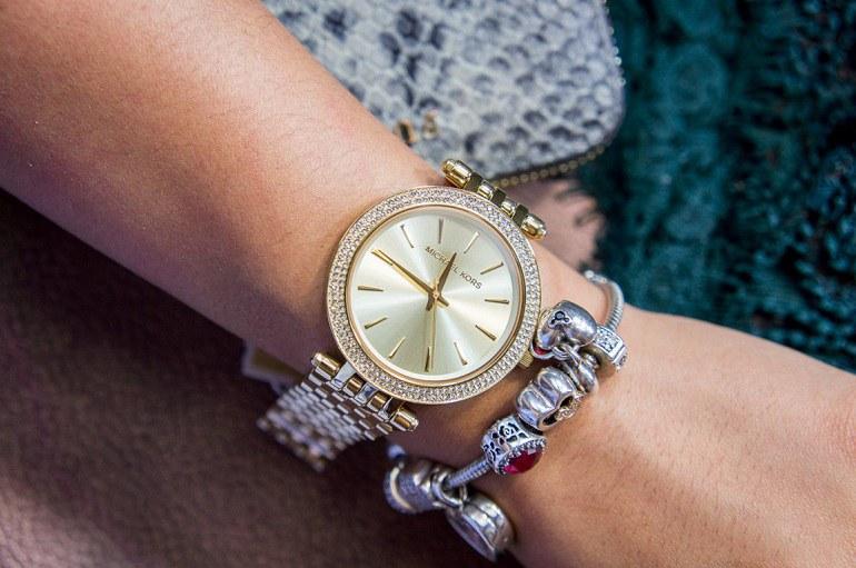 15 hãng đồng hồ thời trang nam, nữ đẹp giá rẻ tại Việt Nam - Ảnh: 10
