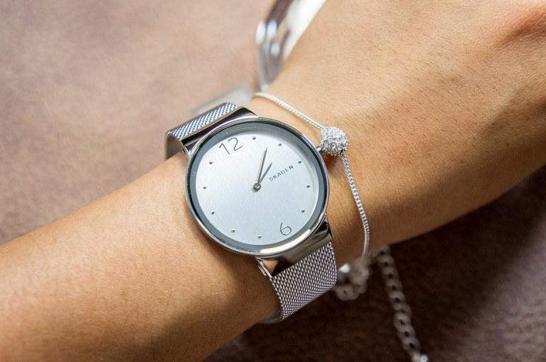 15 hãng đồng hồ thời trang nam, nữ đẹp giá rẻ tại Việt Nam - Ảnh: 13