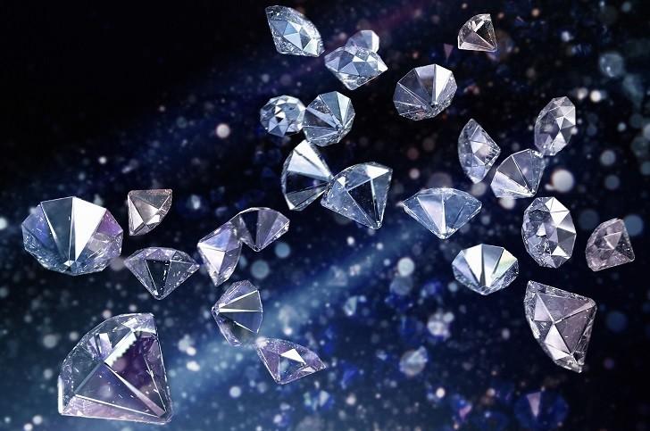 Đồng hồ Doxa D193SGY đắt giá với 8 viên kim cương thật nơi mặt số - Ảnh: 4