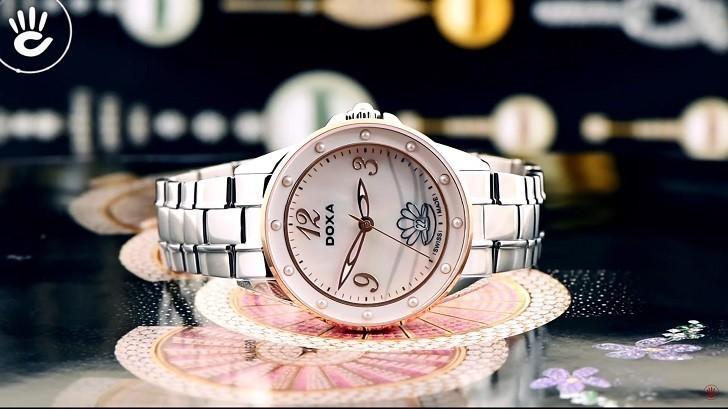 Đồng hồ Doxa D207RMW khảm xà cừ, đính ngọc trai độc đáo - Ảnh: 5