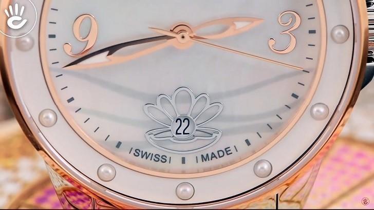 Đồng hồ Doxa D207RMW khảm xà cừ, đính ngọc trai độc đáo - Ảnh: 2