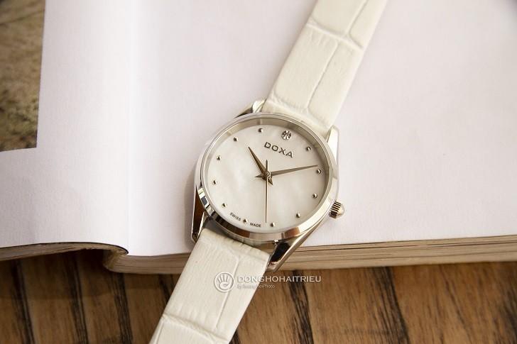 Đồng hồ nữ Doxa D204SWL với mặt số khảm xà cừ cao cấp - Ảnh: 1