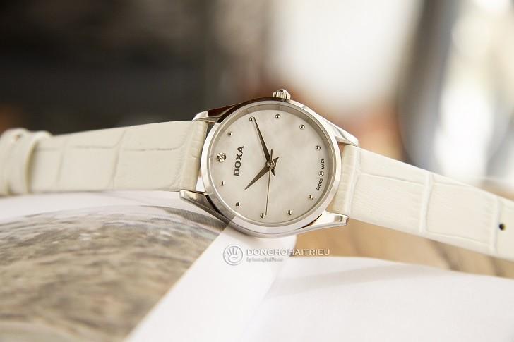 Đồng hồ nữ Doxa D204SWL với mặt số khảm xà cừ cao cấp - Ảnh: 2