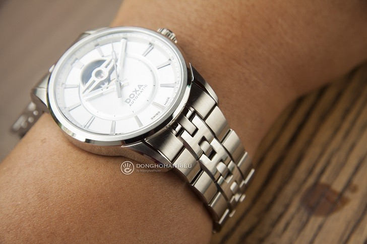 5 lý do khiến đồng hồ Doxa D211SSV thu hút cánh mày râu - Ảnh: 5