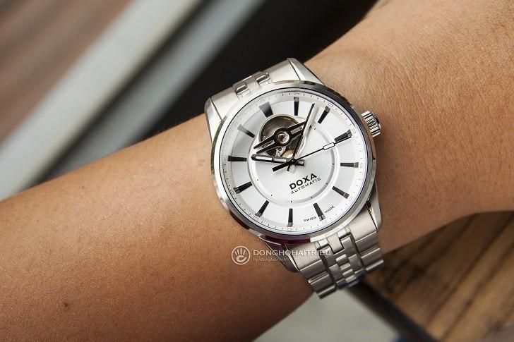 5 lý do khiến đồng hồ Doxa D211SSV thu hút cánh mày râu - Ảnh: 2