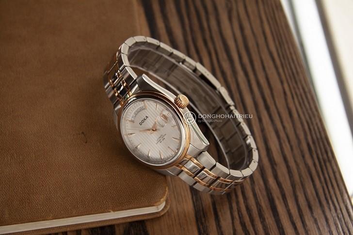 Đồng hồ Doxa D122RSV với thiết kế sang trọng, đẳng cấp - Ảnh: 2