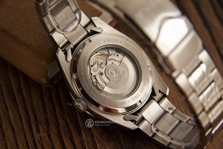 Đồng hồ Doxa D122SBK mạnh mẽ, vận hành bởi máy cơ Thụy Sỹ - Ảnh: 5