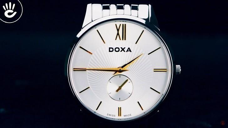 Đồng hồ Doxa D155SST với họa tiết vân Guilloché độc đáo - Ảnh: 1