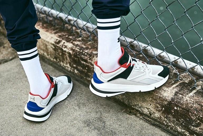 giày sneakers - là phụ kiện thời trang nam đang hot với các bạn trẻ