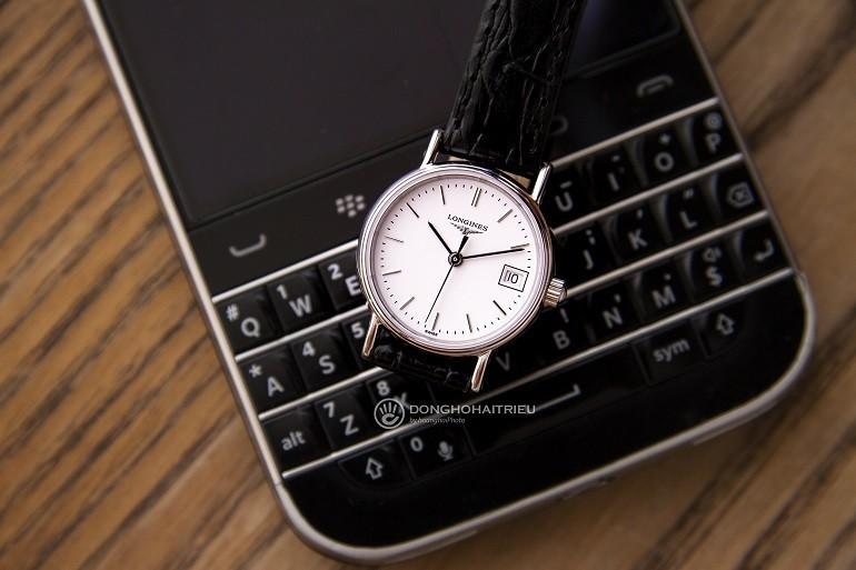 TOP mẫu đồng hồ Thụy Sỹ nữ cao cấp theo phong cách tối giản - Mẫu: Longines L4.319.4.12.2