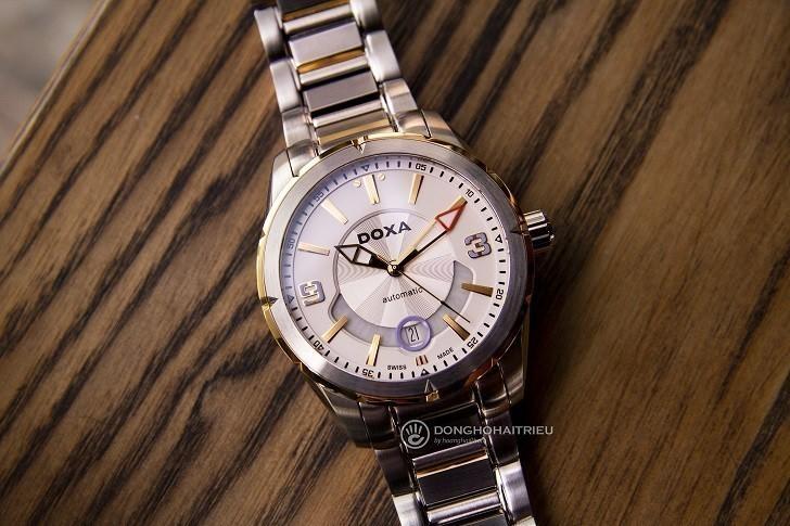 Khám phá nét độc đáo trong thiết kế đồng hồ nam Doxa D159TWH - Ảnh: 1