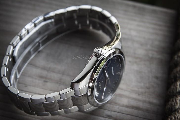 Đồng hồ Doxa D205SBU mặt số xanh cuốn hút, vỏ thép không gỉ bền bỉ - Ảnh: 3
