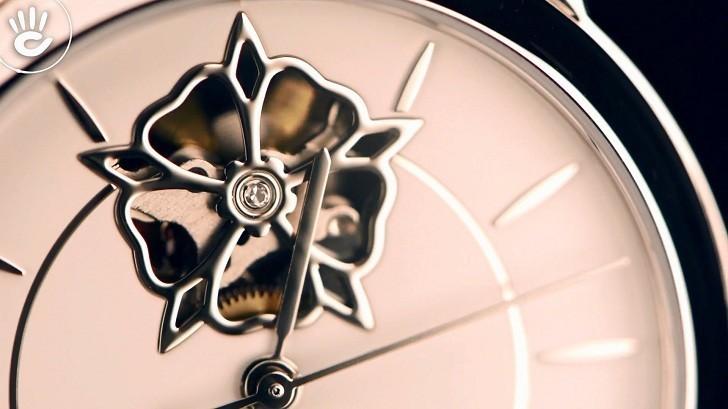Đồng hồ Tissot T050.207.11.011.04 trang trí hình hoa lộ cơ - Ảnh 3