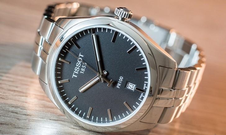 Đồng hồ Tissot T101.410.11.051.00 kim chỉ dạ quang nổi bật - Ảnh 6