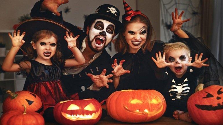 halloween la ngay nao cau chuyen ma quy rung ron halloween