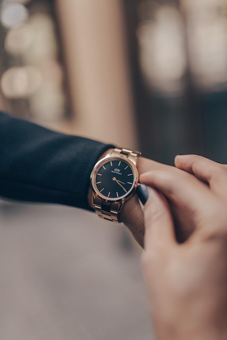 Mở bán 100 mẫu đồng hồ DW iconic 2020 đầu tiên tại Việt Nam - Ảnh: 1