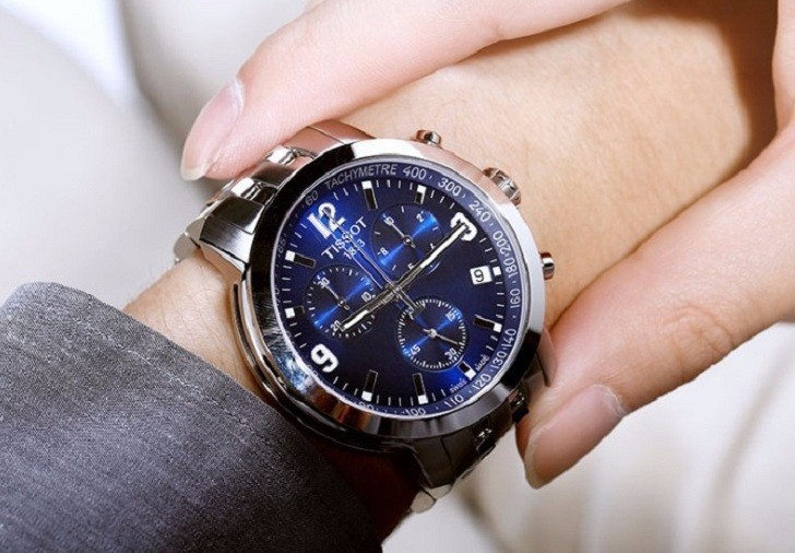 Đồng hồ Tissot T055.417.11.047.00 mặt số xanh tựa đại dương - Ảnh 2