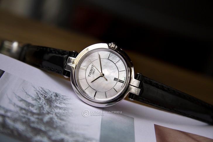 Đồng hồ Tissot T094.210.16.111.00 nền mặt số xà cừ độc đáo - Ảnh 2
