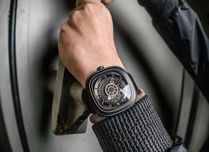 Đồng hồ SevenFriday P2/02, làn gió mới của ngành thời trang - Ảnh: 2
