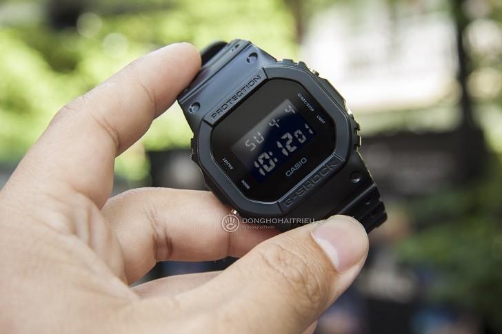 G-Shock DW-5600BB-1DR được tích hợp hơn 10 tính năng - Ảnh: 2