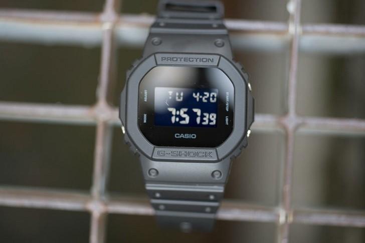 G-Shock DW-5600BB-1DR được tích hợp hơn 10 tính năng - Ảnh: 6