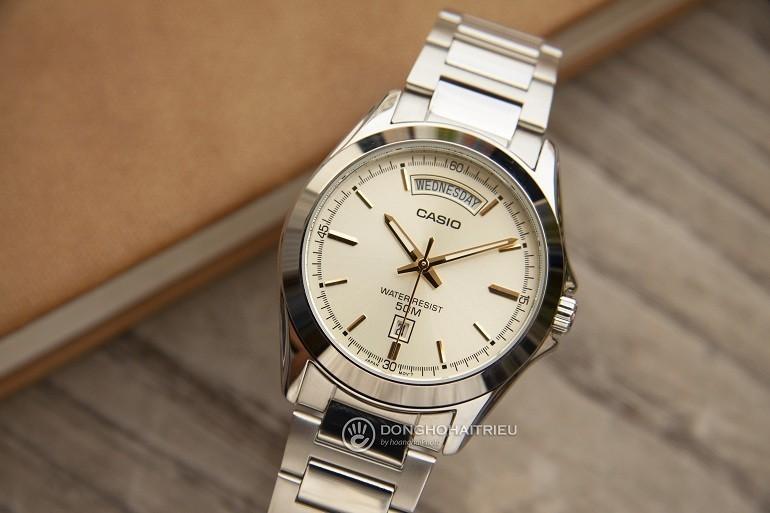 Đồng hồ Quartz là gì? Ưu, nhược điểm trên đồng hồ quartz - Ảnh: 5