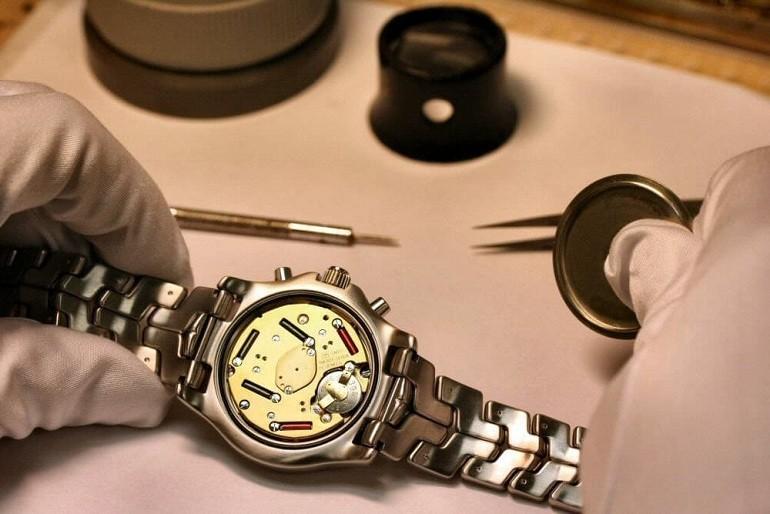 Đồng hồ Quartz là gì? Ưu, nhược điểm trên đồng hồ quartz - Ảnh: 9
