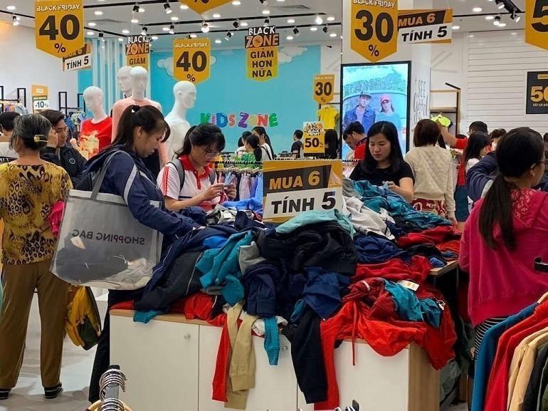 Ngày hội mua sắm Black Friday tại Việt nam - Ảnh: 15