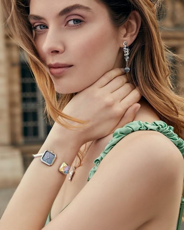 Saga là thương hiệu đồng hồ đeo tay dùng đá Swarovski chính hãng - Ảnh 3