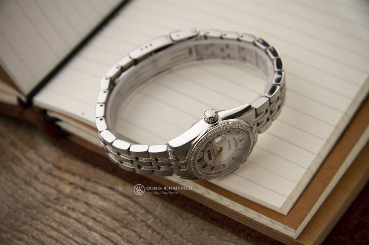 Không thể cầm lòng trước đồng hồ Doxa D106SMW kim cương - Ảnh 5