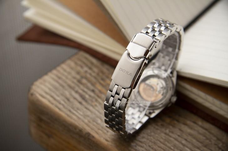 Không thể cầm lòng trước đồng hồ Doxa D106SMW kim cương - Ảnh 6