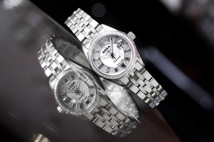 Không thể cầm lòng trước đồng hồ Doxa D106SMW kim cương - Ảnh 4