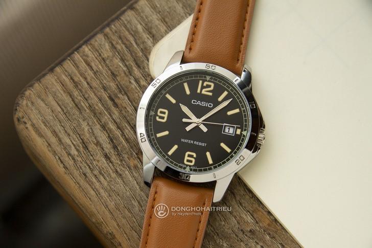 Đồng hồ Casio MTP-V004L-1B2UDF giá rẻ, miễn phí thay pin - Ảnh 1
