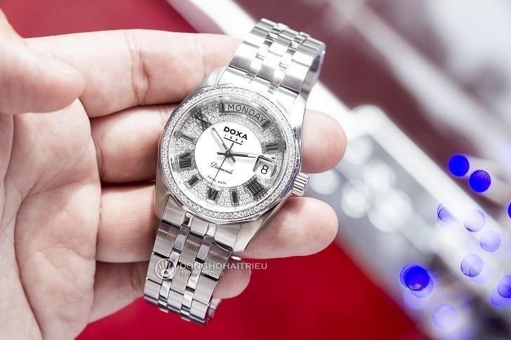Đồng hồ Doxa D105SWH và sự xuất hiện của 163 viên kim cương - Ảnh 1