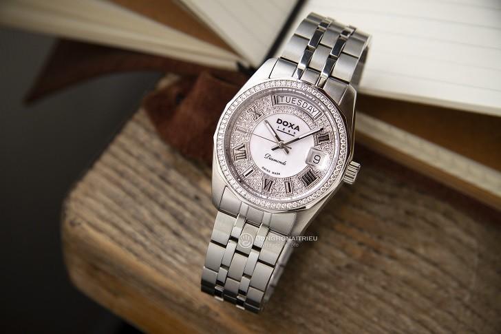 Đồng hồ Doxa D105SWH và sự xuất hiện của 163 viên kim cương - Ảnh 5