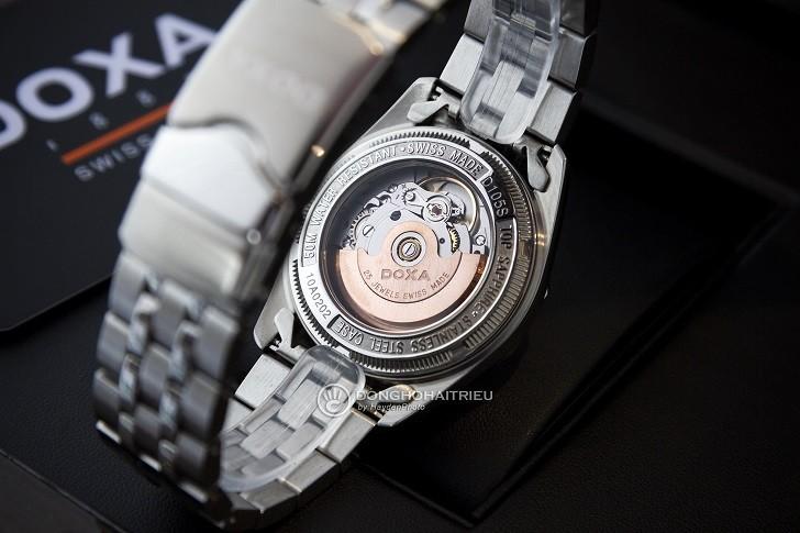 Đồng hồ Doxa D105SWH và sự xuất hiện của 163 viên kim cương - Ảnh 3