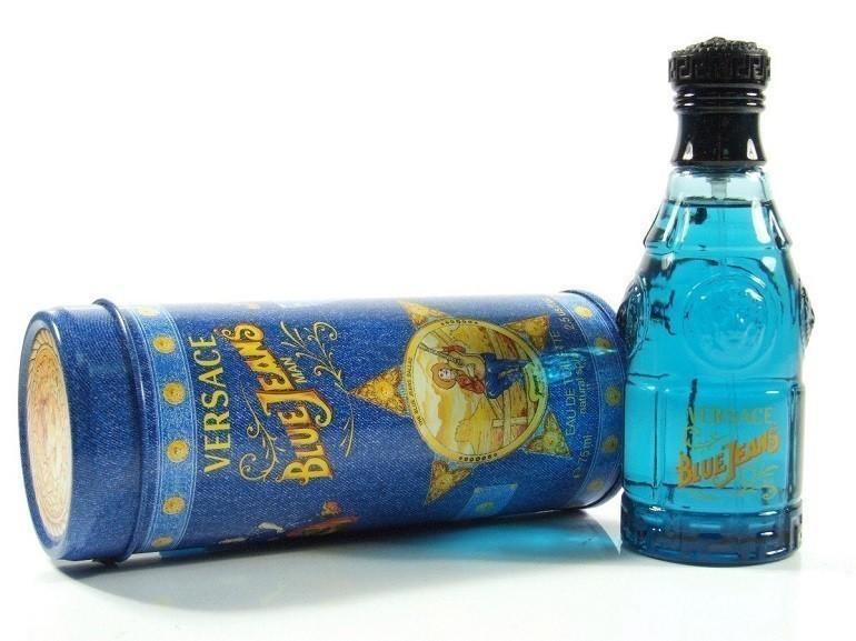 Versace Blue Jeans là loại nước hoa nam rất được yêu thích - Ảnh 11