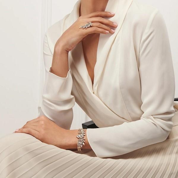Nhẫn Swarovski luôn là một trong những sản phẩm trang sức được yêu thích - Ảnh 1