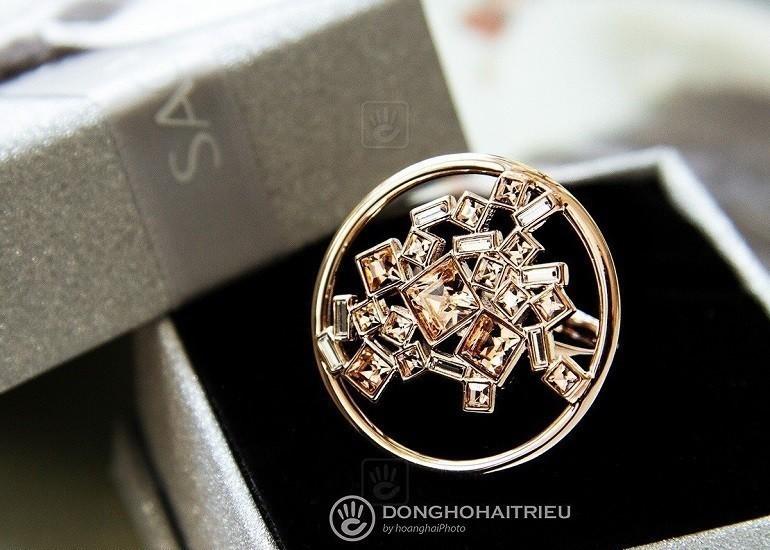 Nhẫn pha lê Swarovski là sản phẩm bán chạy tại Hải Triều - Ảnh 9
