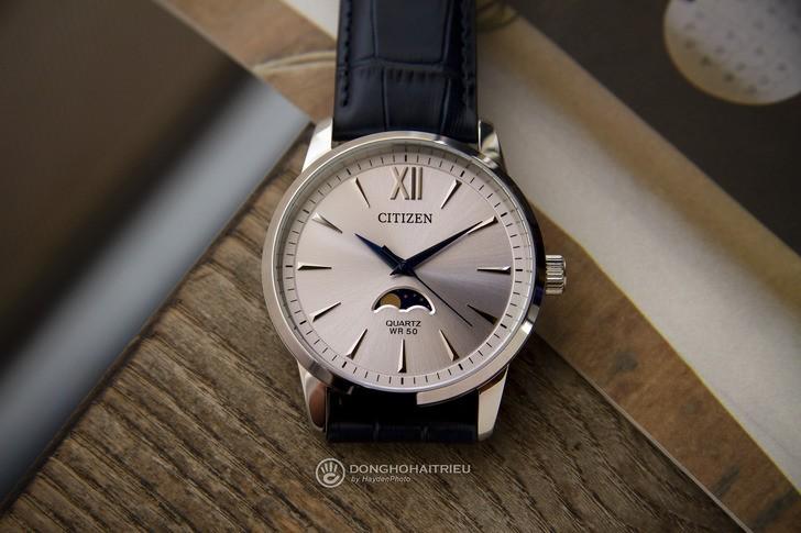 Đồng hồ Citizen AK5000-03A: Ấn tượng với ô lịch trăng sao - Ảnh 1