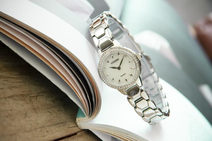 Đồng hồ Citizen EZ7010-56D giá rẻ, được thay pin miễn phí - Ảnh 1