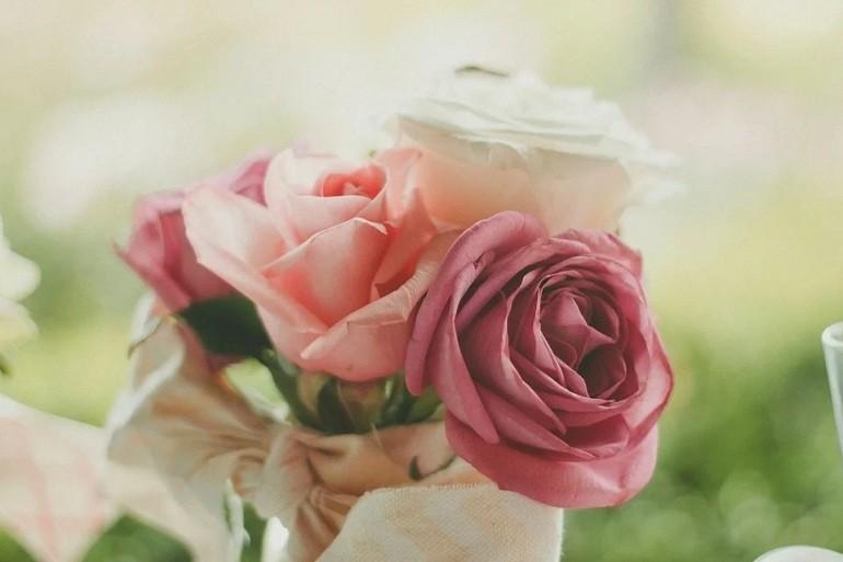 Ngày 8/3 nên tặng gì cho mẹ, vợ, bạn gái ý nghĩa nhất? - Ảnh: 2