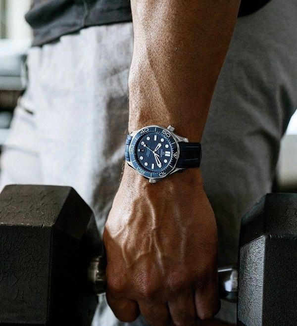 Đồng hồ Omega Seamaster Automatic trữ cót lên đến 55 giờ - Ảnh 5