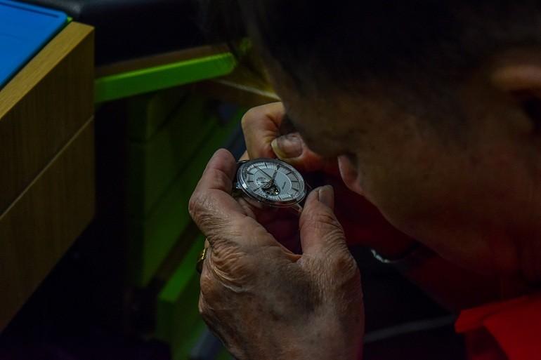 Thay mặt kính đồng hồ Orient ở Hải Triều - Ảnh 13